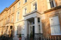 2 bed Flat in WOODSIDE TERRACE...