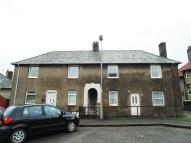 2 bed Flat to rent in Turnbull Crescent...