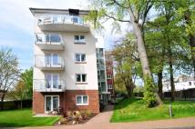 2 bedroom Apartment in Turners Hill Road, Worth