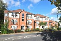 2 bedroom Apartment to rent in Elmcroft Court...