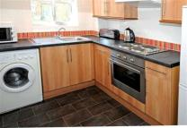 1 bedroom Apartment in Town Mead, West Green...