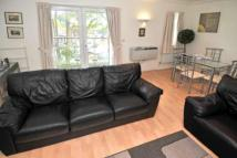Apartment to rent in Turners Hill Road, Worth