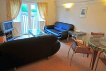 2 bedroom Apartment to rent in Sandown Court, Worth...