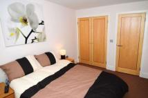 Crawley Apartment to rent