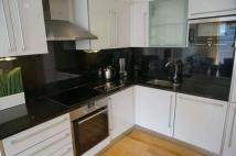 Apartment to rent in Fairfield Road, Croydon