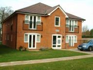2 bedroom Apartment in Town Centre...