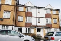 Apartment in Goddard Close...