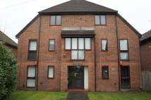 1 bed Apartment to rent in Roundway Court...