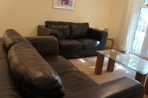 2 bedroom Apartment to rent in Town Centre...