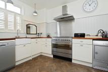 Flat for sale in Cholmley Gardens...