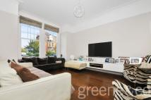 6 bed Terraced home in Dyne Road, Queens Park...