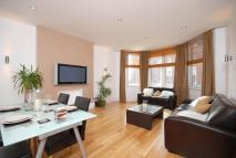 3 bedroom Flat to rent in Finchley Road, Hampstead...