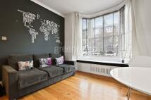 1 bedroom Flat in Lowfield Road...