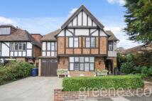 Detached home to rent in Vivian Way, London, N2