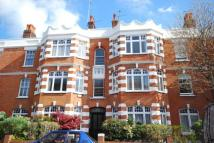 2 bedroom Flat to rent in Castelnau Gardens, SW13