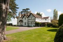 6 bedroom Detached house in Bromsberrow Road...