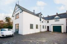 4 bed Detached house in Parabola Road...