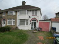 3 bed semi detached property to rent in Cherwell Drive, Oxford