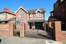Tunstall Avenue Detached house to rent