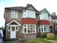 3 bedroom semi detached house to rent in Millwood Road, Hounslow...