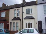 2 bed Detached property to rent in Linkfield Road...