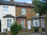 2 bed Cottage to rent in Church Road, Hounslow...