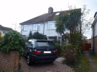 5 bed semi detached house to rent in Central Avenue, Hounslow...