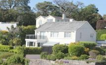 3 bed Detached home in Rock End Avenue, Torquay...