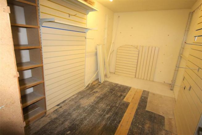 Rear store room (no window)