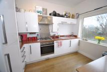 2 bed Flat to rent in Highbury Road West...