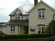 Detached property to rent in Thornes Meadow...