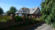 Chalet in The Hollows, Wilton, SP2