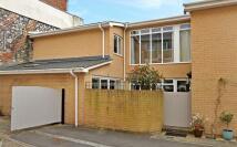2 bedroom Detached home for sale in Beaufort Mews...