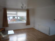 Flat to rent in Southwood Road, London...