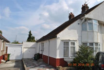 3 bed semi detached house in BELMONT AVENUE, Welling...