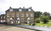 3 bedroom Town House in Rosemary Drive, Banbury...