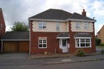 Detached house to rent in Kings Park Drive, Binley...