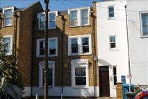 Flat to rent in Alpha Road, New Cross...