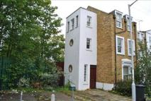 2 bed Maisonette in Alpha Road, New Cross...