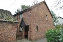 End of Terrace property to rent in Allendale Close...
