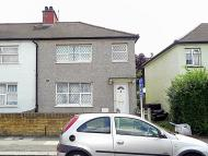 3 bed property for sale in Humes Avenue, London