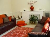 Flat to rent in Guildford Court...