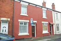 2 bedroom house in Taunton Street...