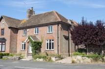 5 bed semi detached property in THE CLOSE...