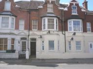 Flat to rent in Holliers Hill...