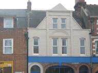 4 bedroom Maisonette to rent in Station Road...