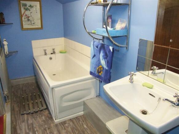 Teen Bathroom