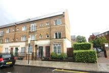 Terraced property to rent in Tollington Way, LONDON