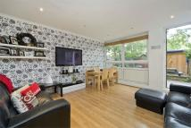 Ground Maisonette for sale in Clarence Gardens, London