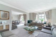 4 bed Apartment in Maida Vale, LONDON